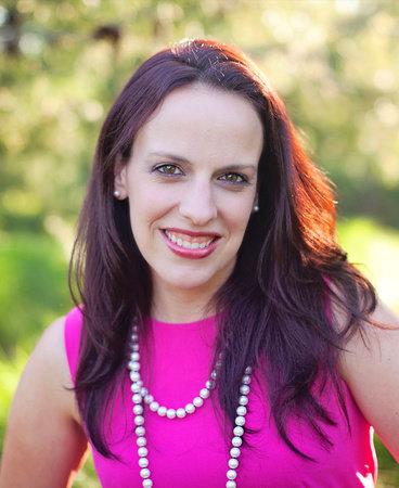 Photo of Elizabeth Esther