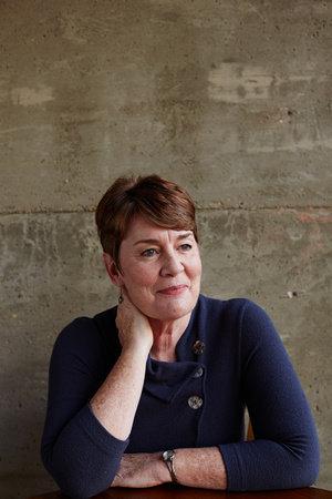 Photo of Fiona Barton