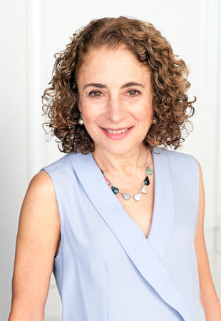 Photo of Elisabeth Rosenthal