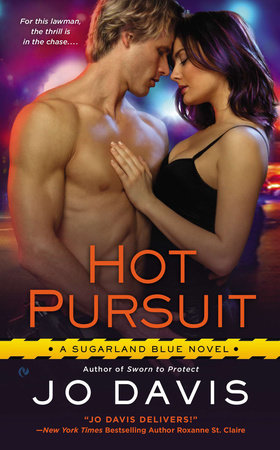 Hot Pursuit by Jo Davis